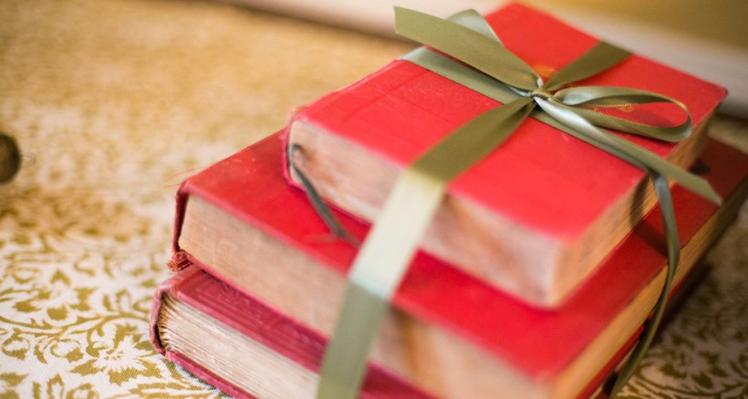 books-gifts.jpg